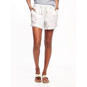 NWT Old Navy metallic pineapple shorts Medium